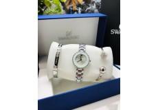 Женский набор Sw Часы+браслеты+коробочка